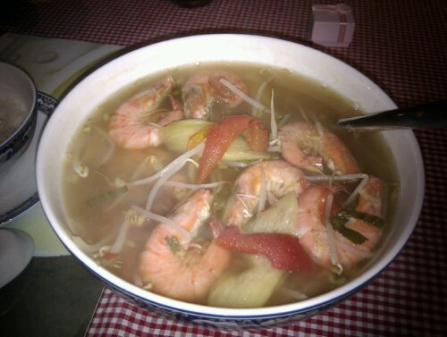 canh chua tom Dinner at home