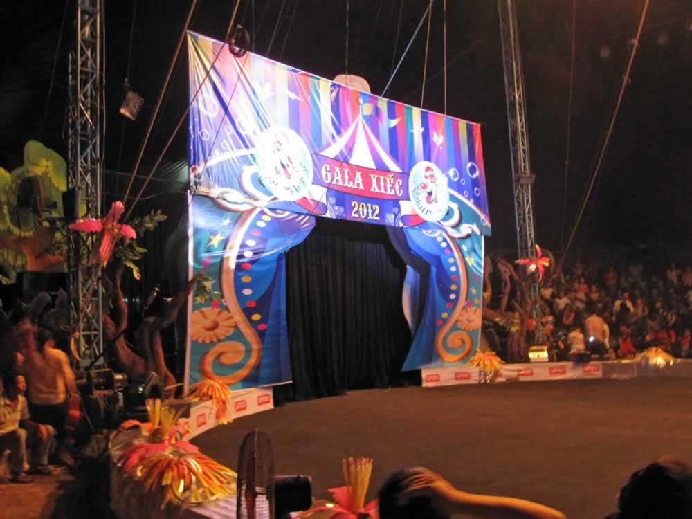 IMG 8154 circus gala